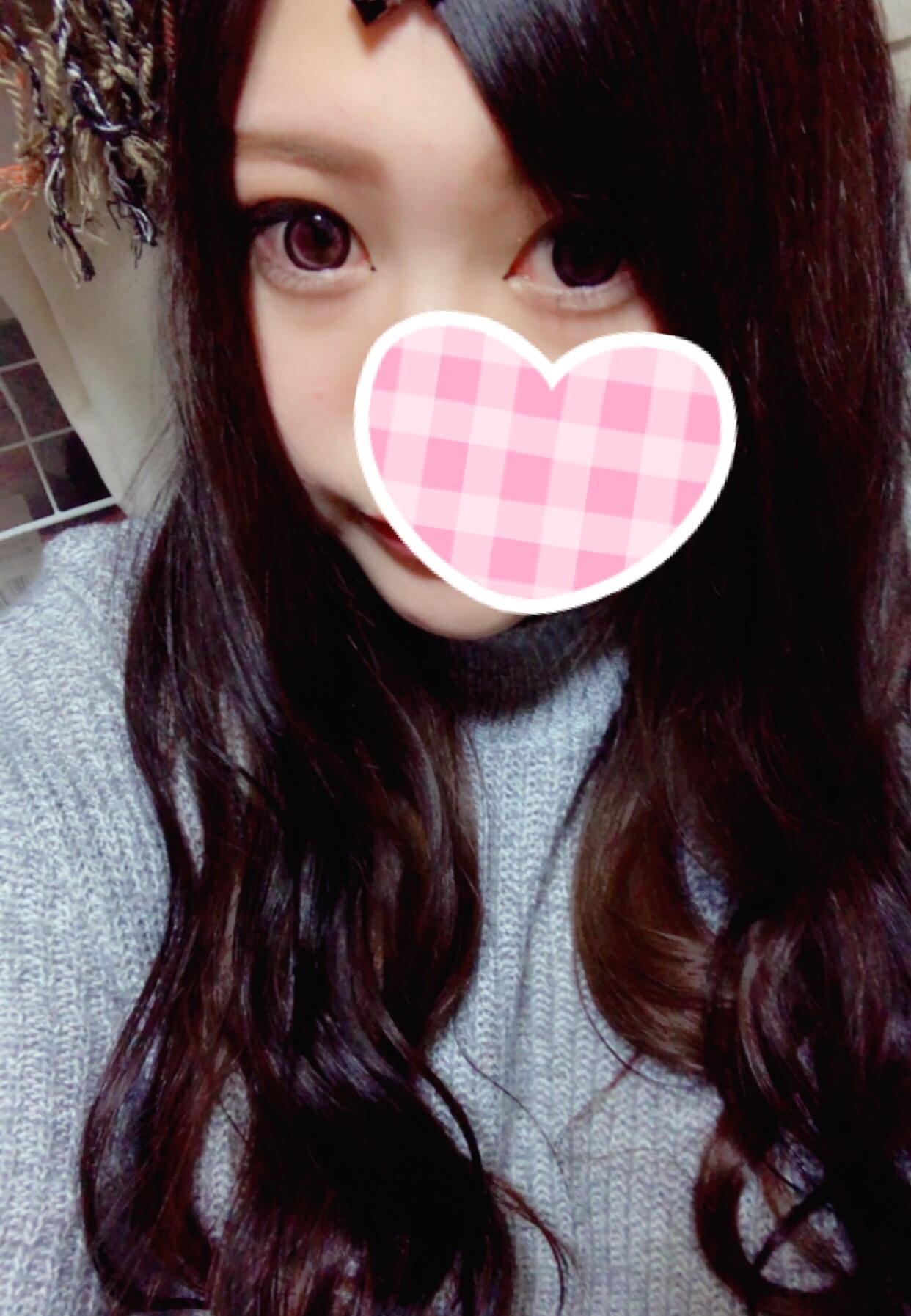 「出勤予定」04/18(火) 21:12 | 天然の写メ・風俗動画