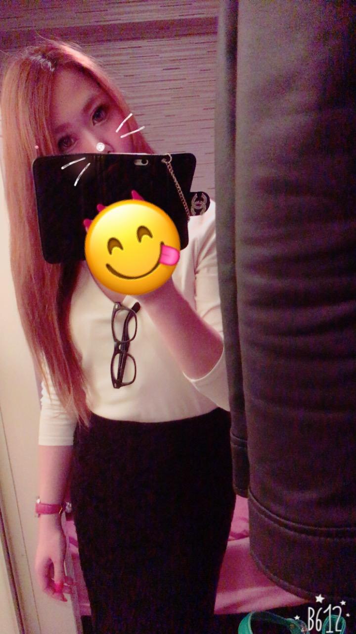 るな「出勤だよー♪」04/30(日) 18:30 | るなの写メ・風俗動画