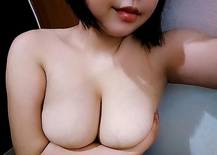 「こんばんは♪」05/21(火) 18:55   ゆきのの写メ・風俗動画
