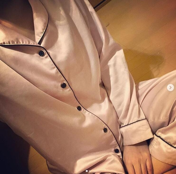 麻衣-まい-「待機✨」05/25(土) 22:45 | 麻衣-まい-の写メ・風俗動画