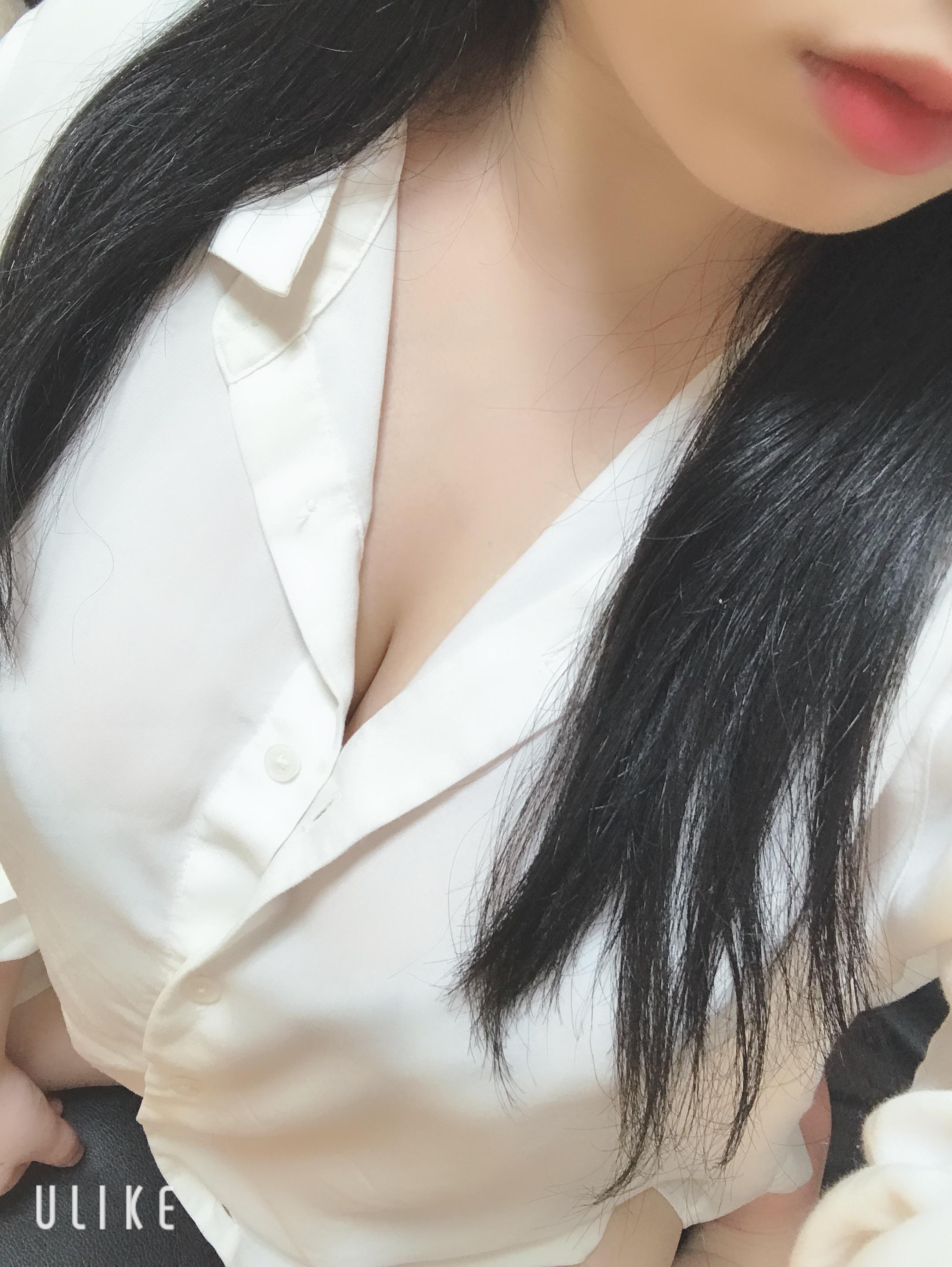 ひめちゃん「出勤(。・ω・。)」06/16(日) 17:29   ひめちゃんの写メ・風俗動画