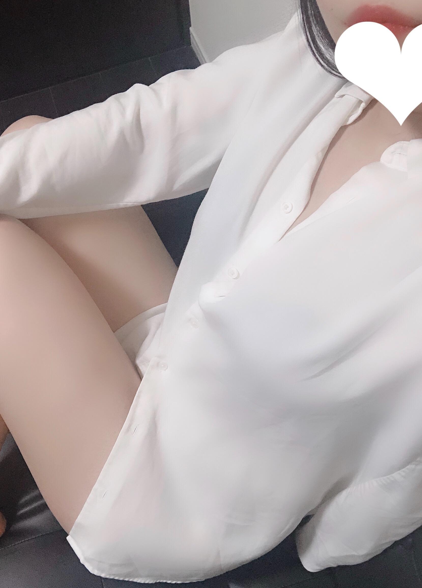 あやちゃん「♪17日21時半頃のお客様♪」06/18(火) 00:02   あやちゃんの写メ・風俗動画