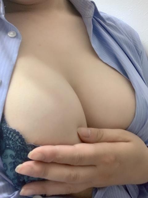 「夜から出勤!!ヾ(●´∇`●)ノ」06/28(金) 20:49 | No.61霜月の写メ・風俗動画