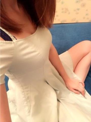 「こんばんわヾ(。´∇`」05/25(木) 17:52   鈴蘭リーナの写メ・風俗動画