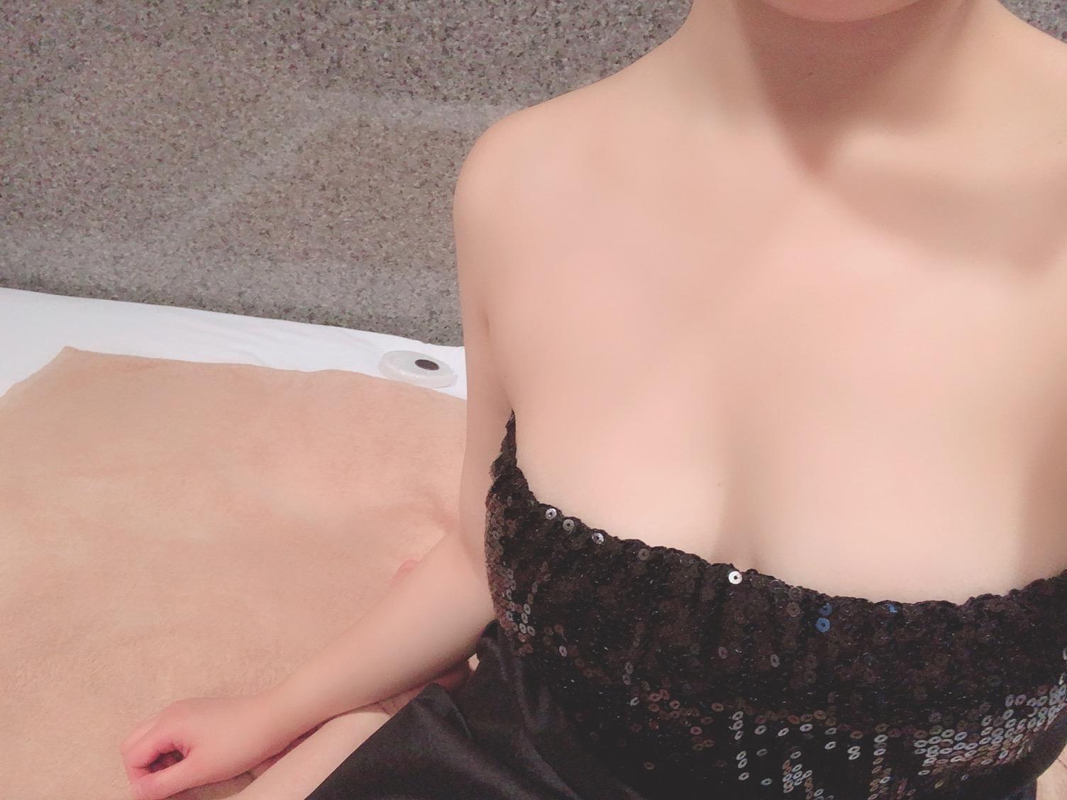 ななお「ななおです!」07/12(金) 13:20 | ななおの写メ・風俗動画