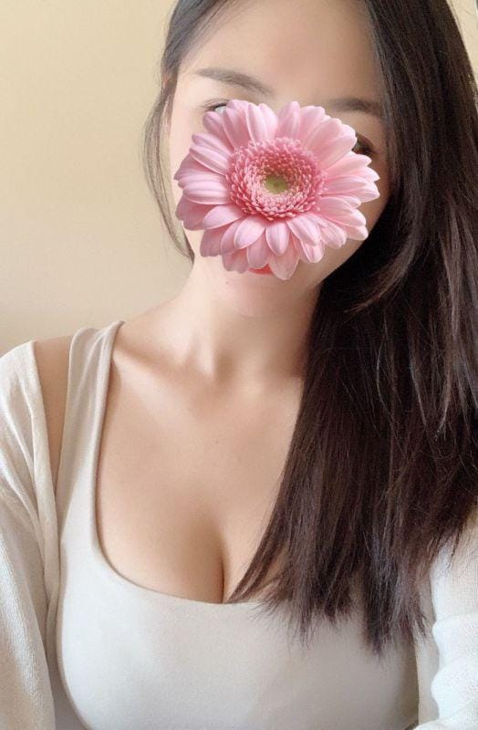 「( ˙灬˙ )♡」07/16(火) 19:00 | ひなたの写メ・風俗動画