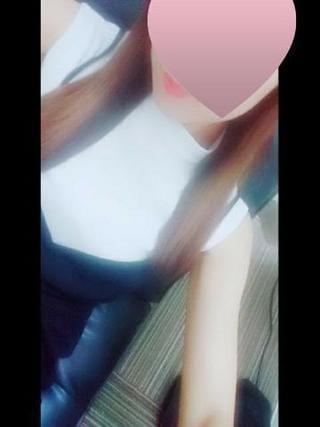 えりさ「こんにちは」07/19(金) 11:25   えりさの写メ・風俗動画