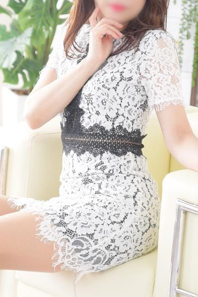 【レヴォの日】「新人ミセスもお得なイベントDAY」07/22(月) 17:40   【レヴォの日】の写メ・風俗動画