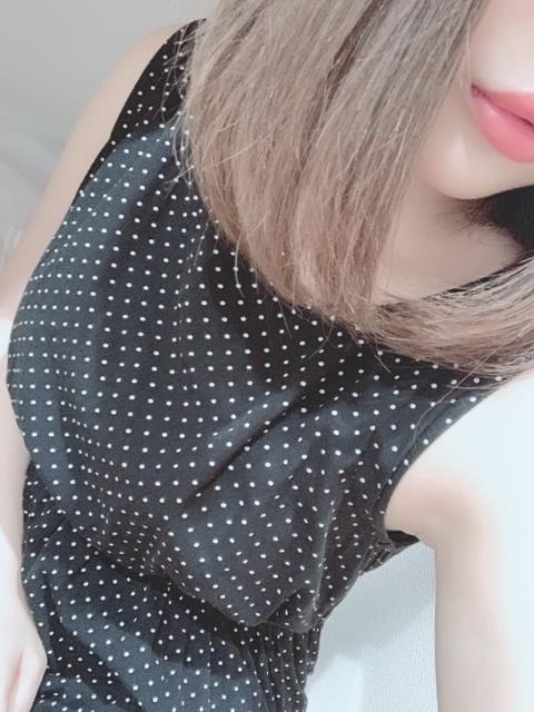 「こんばんは」08/20(火) 19:48 | 七瀬 葵-AOI-の写メ・風俗動画