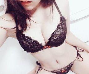 みなみ「嬉しい??」08/20(火) 22:30 | みなみの写メ・風俗動画