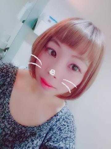 「18時~待ってるね」08/22(木) 18:05   まゆゆ ☆百花繚乱☆の写メ・風俗動画