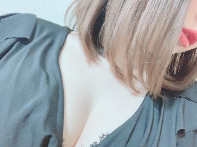 「出勤です」09/10(火) 19:48 | 七瀬 葵-AOI-の写メ・風俗動画