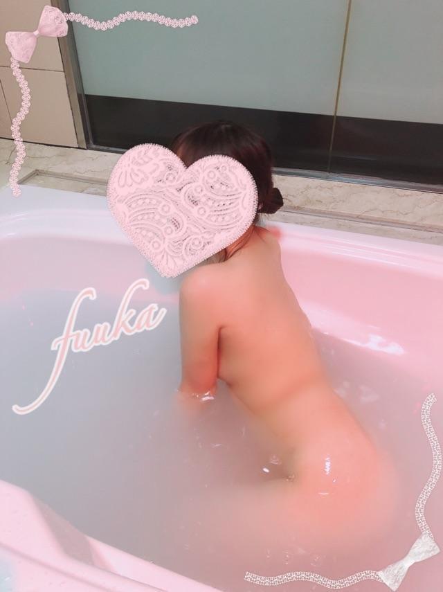 「?向かってるよ〜♪」09/22(日) 10:24 | 矢部 ふうかの写メ・風俗動画