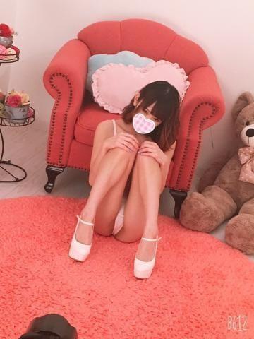 「明日は」10/02(水) 03:37 | りな ロリ 美乳 巨乳の写メ・風俗動画