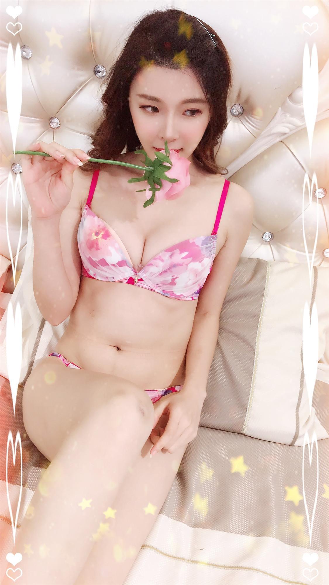「ヾ(@⌒ー⌒@)ノ」10/17(木) 14:12 | りおなの写メ・風俗動画