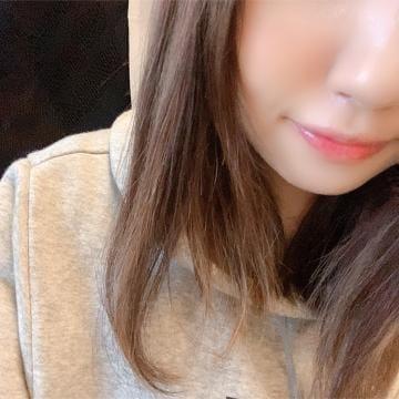 「?おはようございます?」10/22日(火) 07:01 | なつな/優しいキスにめろめろ♡の写メ・風俗動画