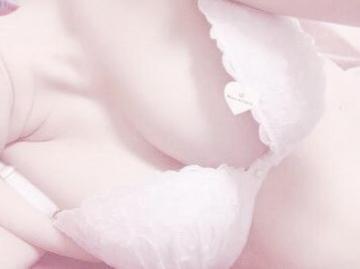 「あ•い•た•い〜 (*≧∀≦*)」10/23(水) 01:35   いちごの写メ・風俗動画