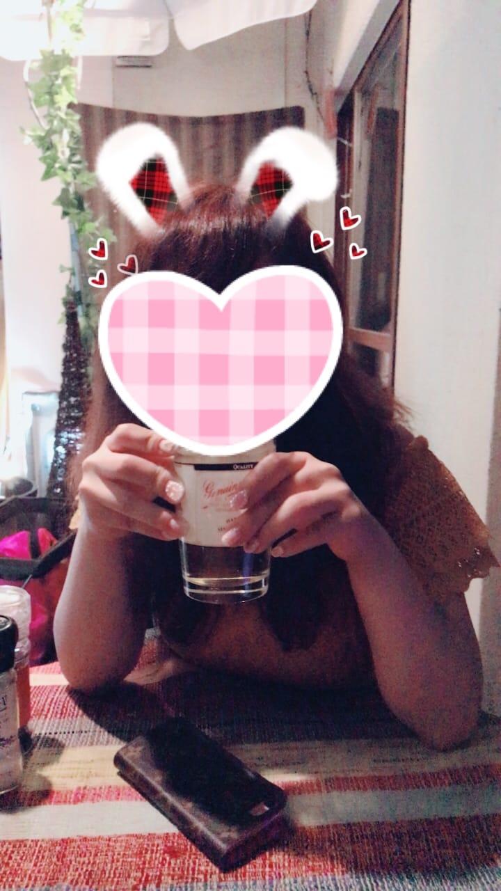 ゆな「台風らしい?!」07/04(火) 20:10   ゆなの写メ・風俗動画