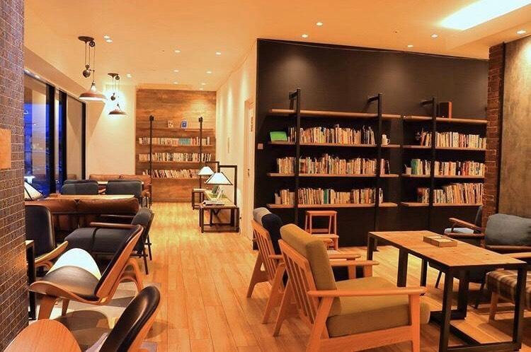 こころ「たまに図書館やブックカフェで」11/14(木) 18:32 | こころの写メ・風俗動画