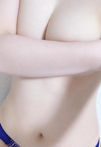 「出勤してます〜」11/17(日) 10:29 | ういの写メ・風俗動画