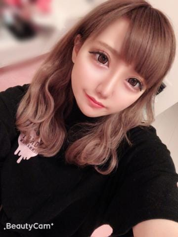「出勤??」11/17(日) 20:43   ティナの写メ・風俗動画