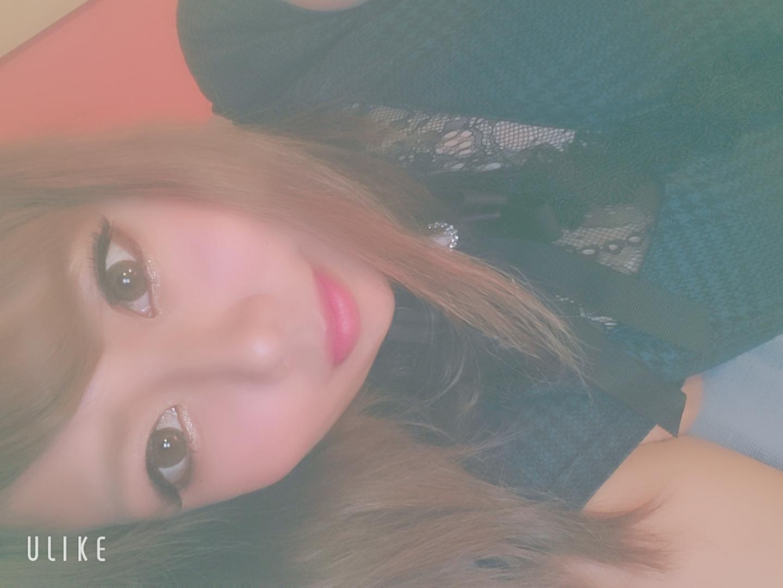 「出勤です?(?????)?」12/02(月) 21:11   ももな★未経験・美容学生の写メ・風俗動画