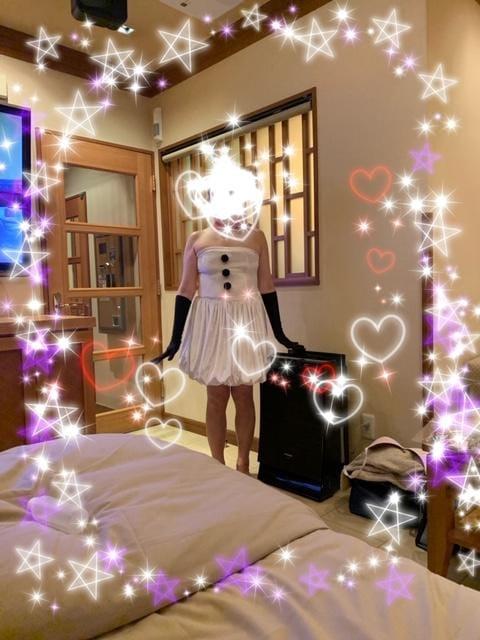 「こんにちは」12/04(水) 11:15 | 麻美奥様(あさみ)の写メ・風俗動画