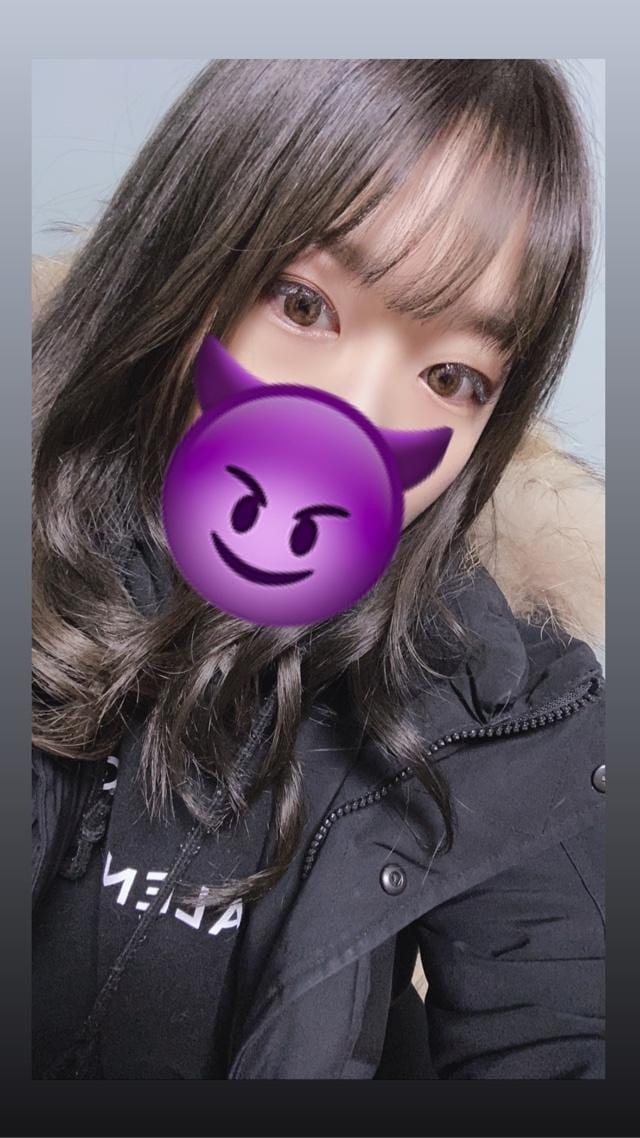 「初出勤!!」01/03(金) 11:29 | ちかの写メ・風俗動画