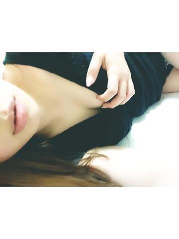 「19時30分~待ってるよ~」02/10(月) 17:23   山添はなの写メ・風俗動画