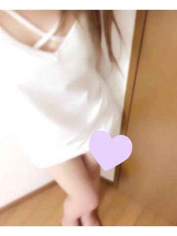 「こんにちわ」08/15(火) 17:09   ひな☆恋焦がれる神激カワ美少女の写メ・風俗動画