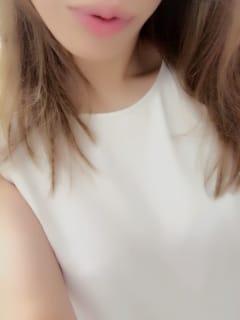 のあスレンダーな色白美肌美人♪