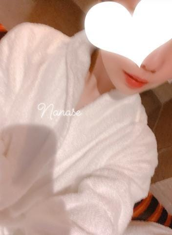 「3/20のお礼(●´ω`●)」03/22(日) 01:18 | ななせの写メ・風俗動画