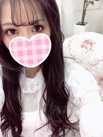 「こんにちは」03/24(火) 17:28 | りなの写メ・風俗動画