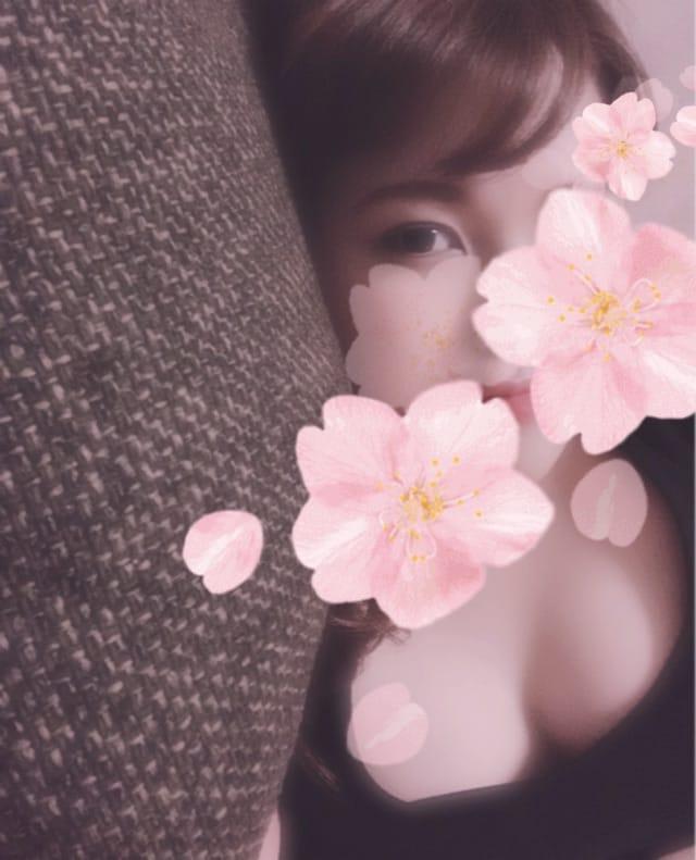 「おさんぽに」03/25(水) 16:23 | ななの写メ・風俗動画