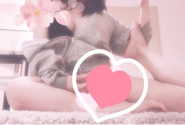 「お店に」03/27(金) 18:56 | ななの写メ・風俗動画