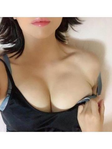 「大事に食べるね」05/26(火) 16:42   のどか奥様の写メ・風俗動画