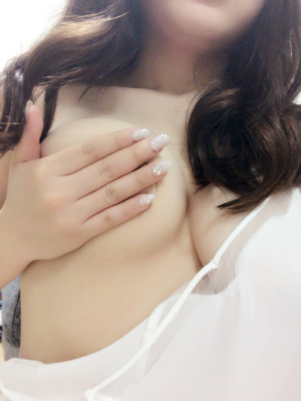 「こんにちは(*´꒳`*)」09/19(火) 17:02 | ひなの写メ・風俗動画