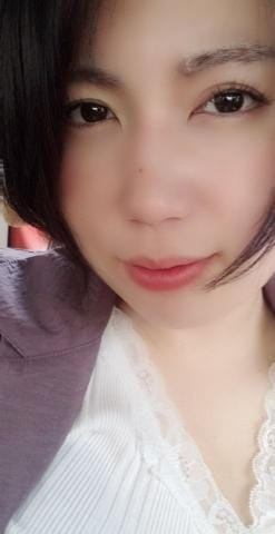 「出勤中」06/30日(火) 11:00 | けいの写メ・風俗動画