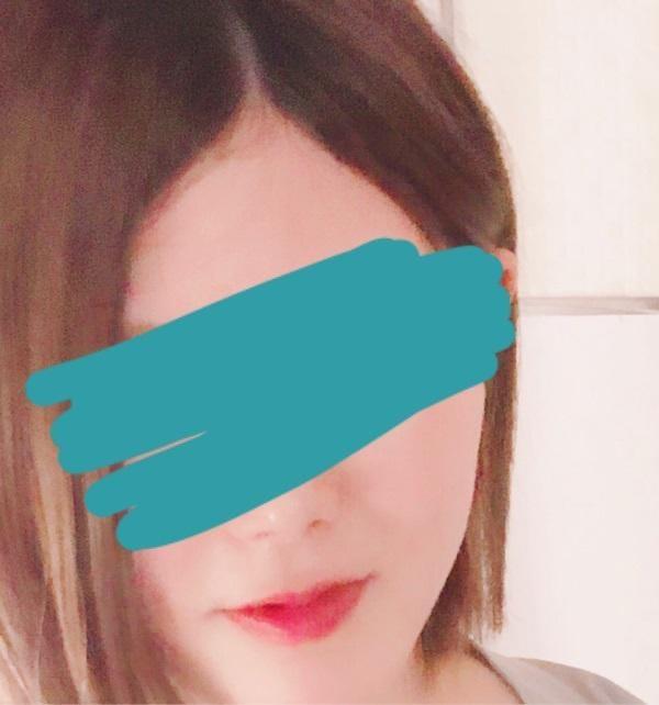 「本日出勤です♪」07/12(日) 16:32   高坂真紀の写メ・風俗動画