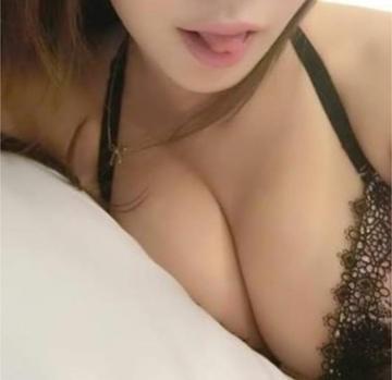 綾瀬鳴巳「ついたよ~☆彡」09/30(土) 20:47   綾瀬鳴巳の写メ・風俗動画