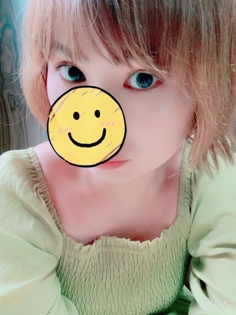 「出勤☆」08/10日(月) 15:33   エミリの写メ・風俗動画