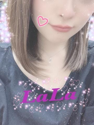 「カラダがべとべと?」08/12(水) 06:00   ララの写メ・風俗動画