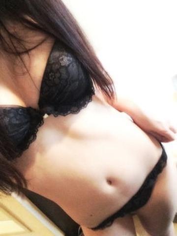 きほ「誰かー」08/12(水) 19:50 | きほの写メ・風俗動画