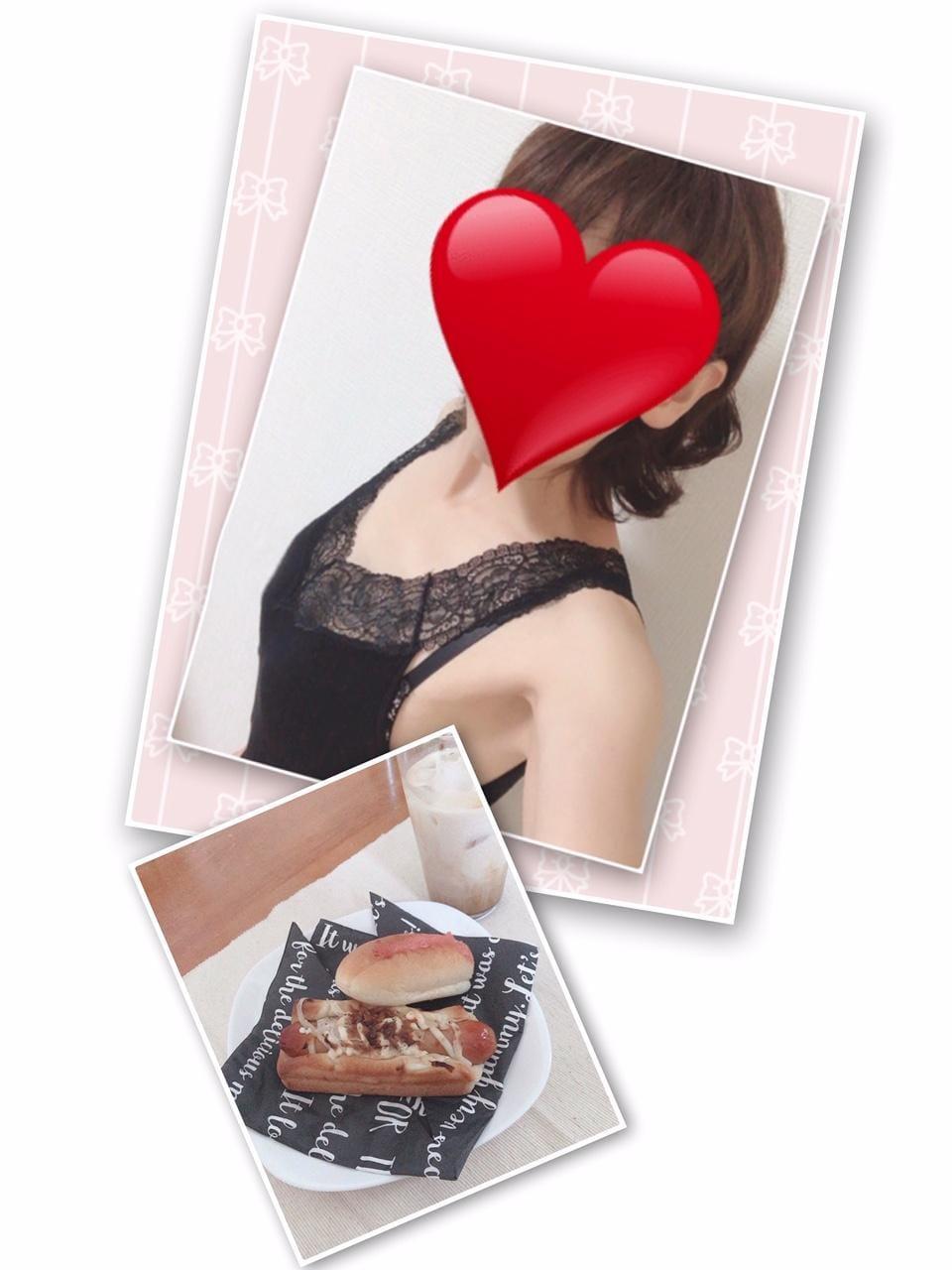 「お家でカフェ☕️」08/14(金) 00:26 | 百合子(ゆりこ)の写メ・風俗動画