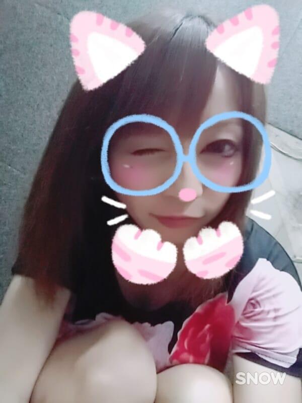 カナ「遅くから(*´Д`*)」10/14(土) 05:18   カナの写メ・風俗動画