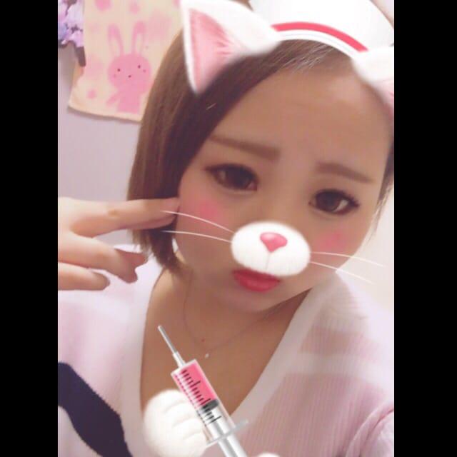 「こんばんは」10/17(火) 00:00 | 大谷 みきの写メ・風俗動画