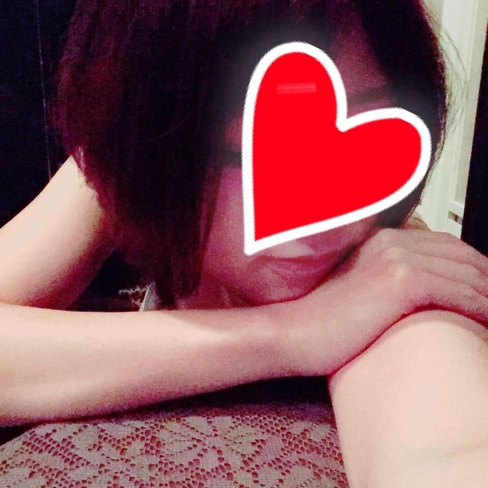 青山せな「おはようございます」10/17(火) 10:06   青山せなの写メ・風俗動画