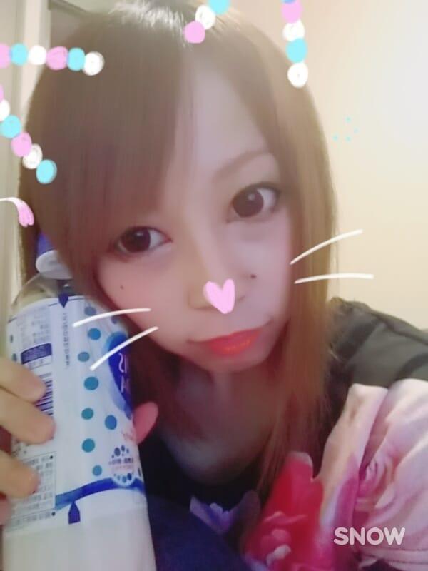 カナ「出勤(´д`)」10/17(火) 20:24   カナの写メ・風俗動画