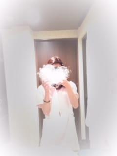 「肩が」10/17(火) 22:27 | のりか【~若妻の都~】の写メ・風俗動画