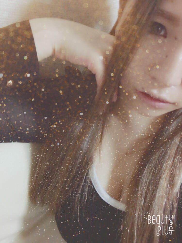 「雨だよ、台風だよ、出勤予定だよ♡←」10/20(金) 22:45 | りんの写メ・風俗動画
